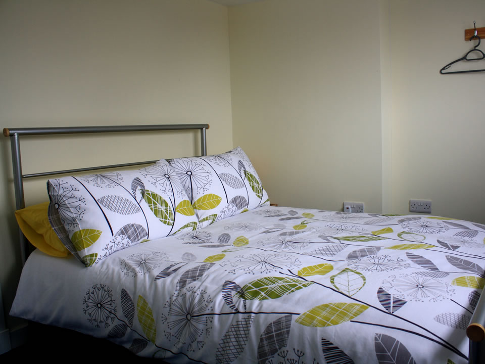 Bedroom 6:  Deer's Thicket – sleeps 2 (Double Room)